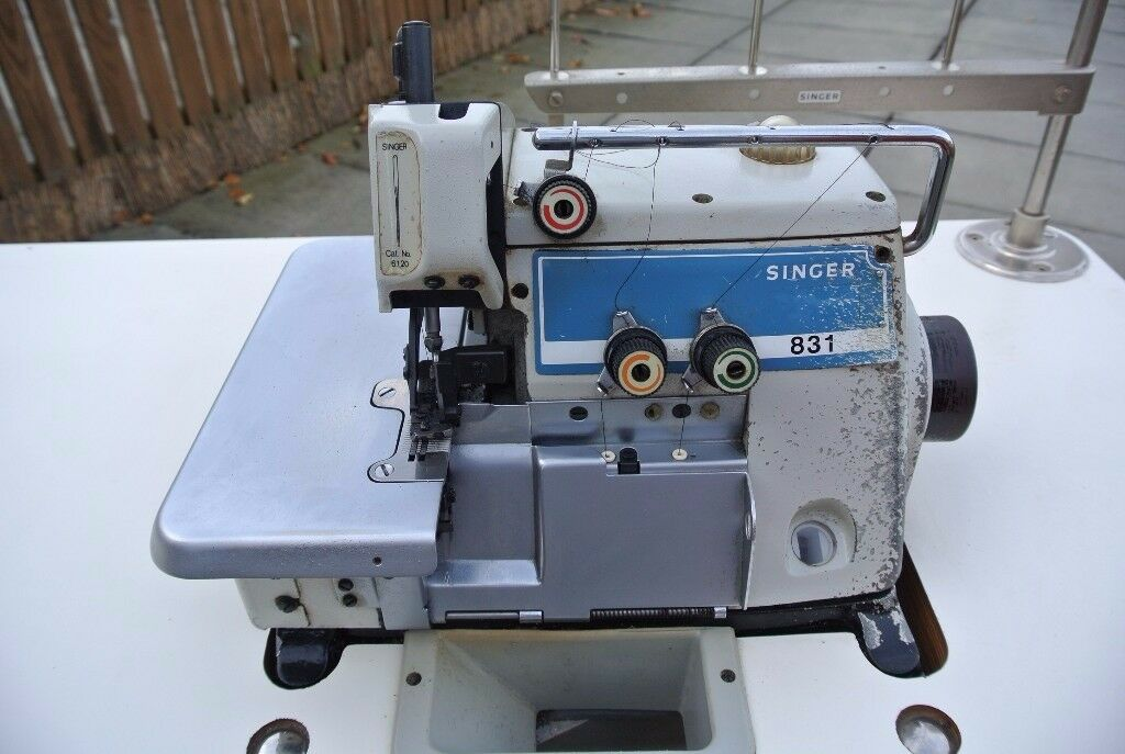 singer industrial overlock sewing machine in southmead. Black Bedroom Furniture Sets. Home Design Ideas