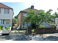 lovely 3 bedroom house with garden and garage just 10 minutes walk from greenford tube station