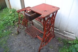RED Singer 29K Cylinder Arm LEATHER Patcher Industrial Sewing Machine Stand with DRAWER