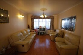 3 Bedroom Mid Terraced House - 2 Showers & Wc - Front and Rear Garden - Available 16th January 2017