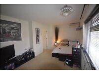 Two Bedroom House in Harrow Weald