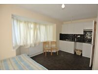HL063-GFL. Ground floor studio flat in Stonebridge, NW10. Rent includes gas bills.