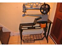 Long Cylinder Arm Singer 29K72 Leather Patcher Industrial Machine (See 4 Layers Leather sample)
