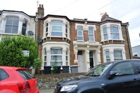 Large two bedroom flat to rent in very close to Kensal Rise Station