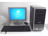 Packard Bell (PC, Monitor, K/M) AMD, 2.2GHz, Win 7, Office 2010, All In One, Computer, Desktop PC
