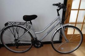 "Ladies Raleigh Imperial Trekking 19"" hybrid bicycle in 'as new' condition"