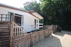 New Forest National Park 43ft Park home £150pw+ Chalet £200pw free wifi own fenced garden parking.