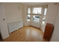 HL049-Ground floor flat with private garden in quiet residential road in Harlesden area.