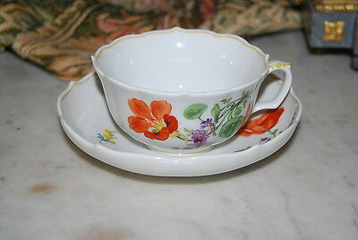 MAGNIFICENT MEISSEN HAND PAINTED FLOWERS POPPY CABINET LARGE COFFEE CUP & SAUCER