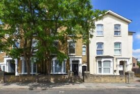 Three bed apartment situated in Wilberforce Rd, Finsbury Park, N4. Ref: 733