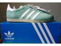 Adidas Gazelle Size 9 BNIBWT