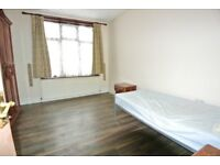 RENT INCLUDES C/TAX 3 BED HARLESDEN ROAD, WILLESDEN JUNCTION, NW10