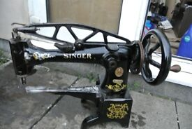 Singer-29K15-Cylinder-Arm-LEATHER-Patcher-Walking-Foot-Industrial-Sewing-MACHINE