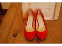 Red mid heels size 5 (38)