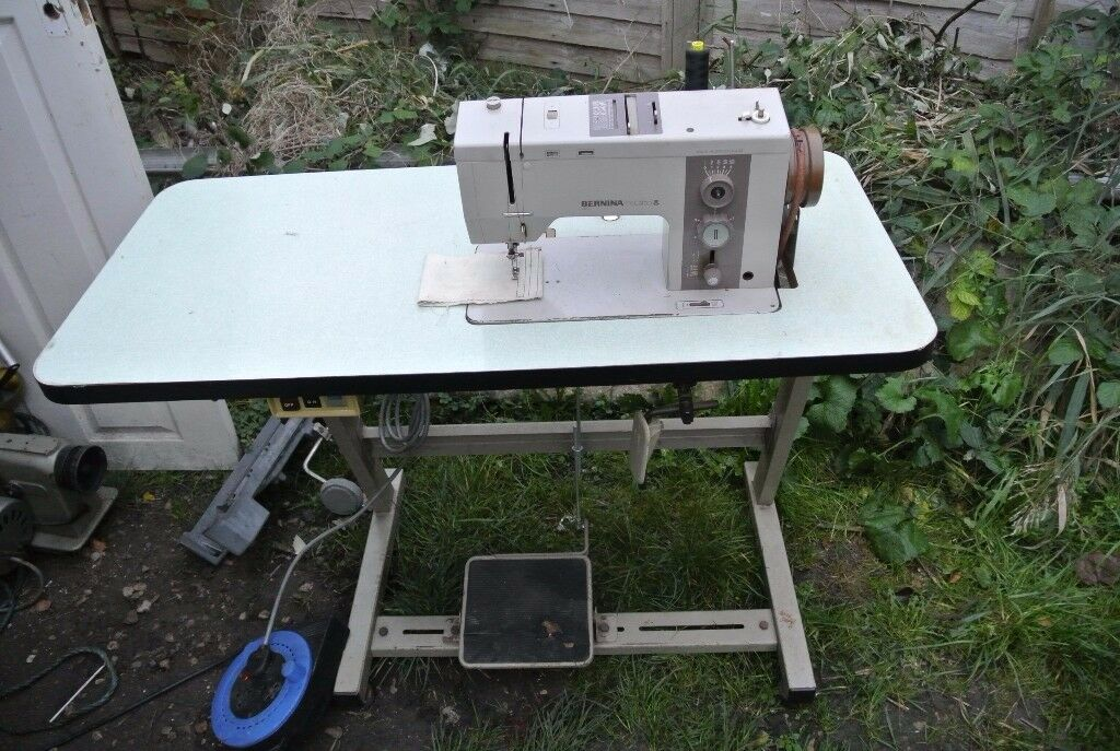 Bernina 950 Record Automatic Zig Zag Freehand Embroidery Machine