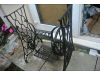 Singer Treadle sewing machine frame / Stand