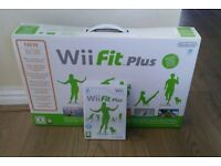 Wii Fit plus complete With Official Balance Board