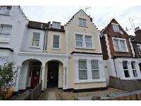 Bright & Spacious ground floor 2 bedroom garden flat. 1 min walk to Willesden Green Station. All new