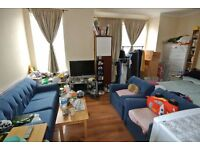 CL548-B. Bright and spacious first floor 2 double bedroom flat in Cricklewood NW2 6SY