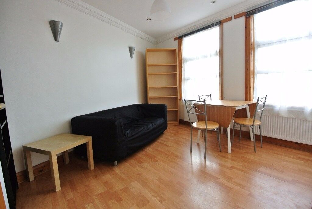 Second floor 1 bedroom flat in excellent location of Dollis Hill. 3 minutes walk to station
