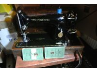 201K Singer Knee control sewing machine ideal for leather, denim, canvas