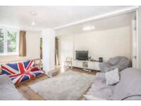 GOOD SIZE HOUSE ** 3BED ** 1.5BATH ** GARDEN ** REGENTS CANAL ** DE BEAUVOIR **