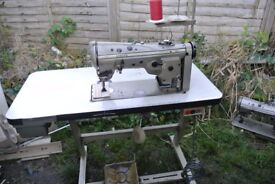 3 STEP ZIG ZAG SINGER INDUSTRIAL MACHINE(FOR SAIL MAKING,ALTERATIONS, COLLEGES
