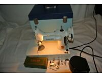 Immaculate Singer 221K Portable Featherweight Sewing Machine with attachments & Instruction Manual