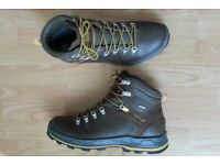 TREK500, LIKE NEW, Bargain, Mens Trekking Boots UK Size 12.5, Decathlon Quechua Novadry Technology