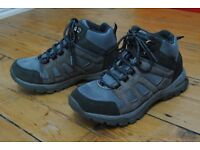 Walking/hiking boots ladies size 5 by Peter Storm excellent condition