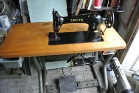 Singer-Lockstitch-Heavy-Duty-Industrial-Sewing-Machine-SEE-SAMPLE-SEWN