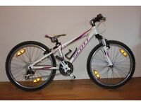 Scott Contessa Scale Mountain Bike 24inch White/purple excellent condition
