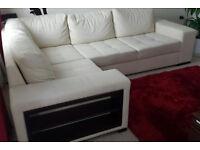 5 seater corner sofa for sale+2 poufs