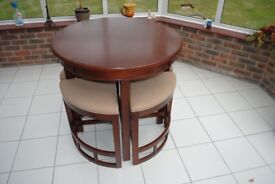 Dinning table round for 4 people