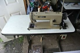 Brother Lockstitch/Flatbed INDUSTRIAL Sewing machine Model Mark III