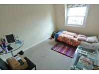 Delightful 1 bedroom flat in Victorian building seconds from Harrow Road, Maida Vale