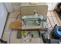 Singer automatic Swing needle Sewing Machine Model 319K2