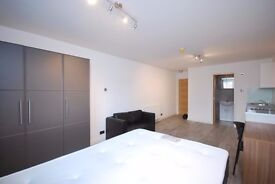 A modern studio flat close to Golders Green station and amenities