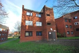 3 Bedroom First Floor Flat - Zone 5 - Large Reception - Available Now