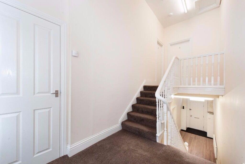Luxury 1 Bed spacious Studio flats with en-suite's, Whitehall Terrace, Sunderland, SR4 7SP