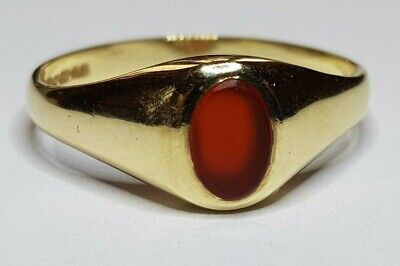 Vintage 9ct yellow Gold Unisex Carnelian Ring Size N1/2 - O
