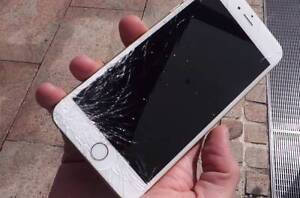 iPhone Glass Repairs Lowest Price Guarantee Booragoon Melville Area Preview