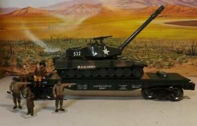 O GAUGE flat with diecast US ARMY TANK  WITH SOUND LIGHTS NICE! W/  5 MEN