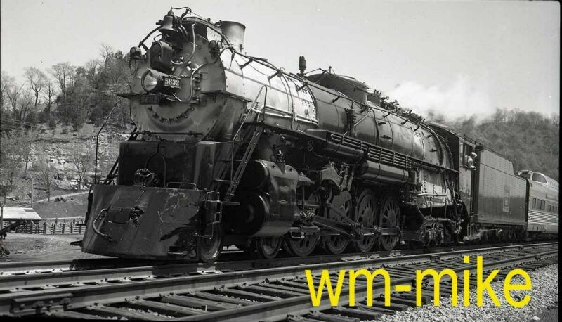 #B-198 CB&Q Burlington 4-8-4 steam #5632 ORIGINAL B&W Negative