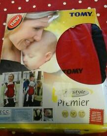Tomy infant baby carrier