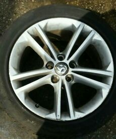 "Vauxhall insignia 18"" alloy wheels + 225/40/18 tyres ELITE SXI"