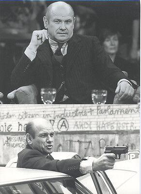 2 Fotos KLAUS LÖWITSCH - Pressefoto Vintage 1980/90er Schauspieler Peter Strohm