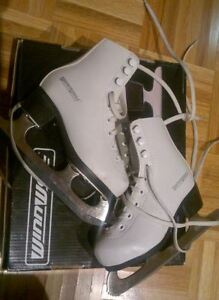 Patins pour fille /Figure Skates for girl, Size 9
