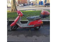 REDUCED - LEARNER LEGAL - Reliable 125cc Moped Scooter East London
