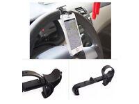 Steering wheel phone holder in car in Pink £3